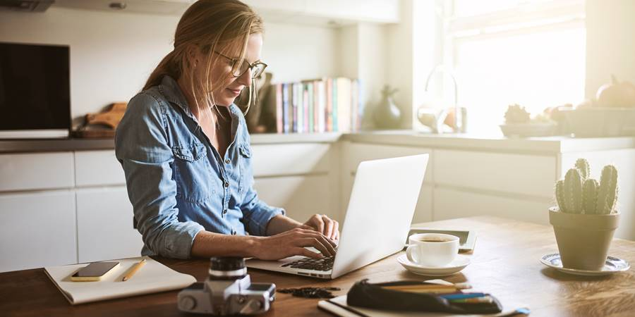 12 Top Tips On How to Work From Home This Year